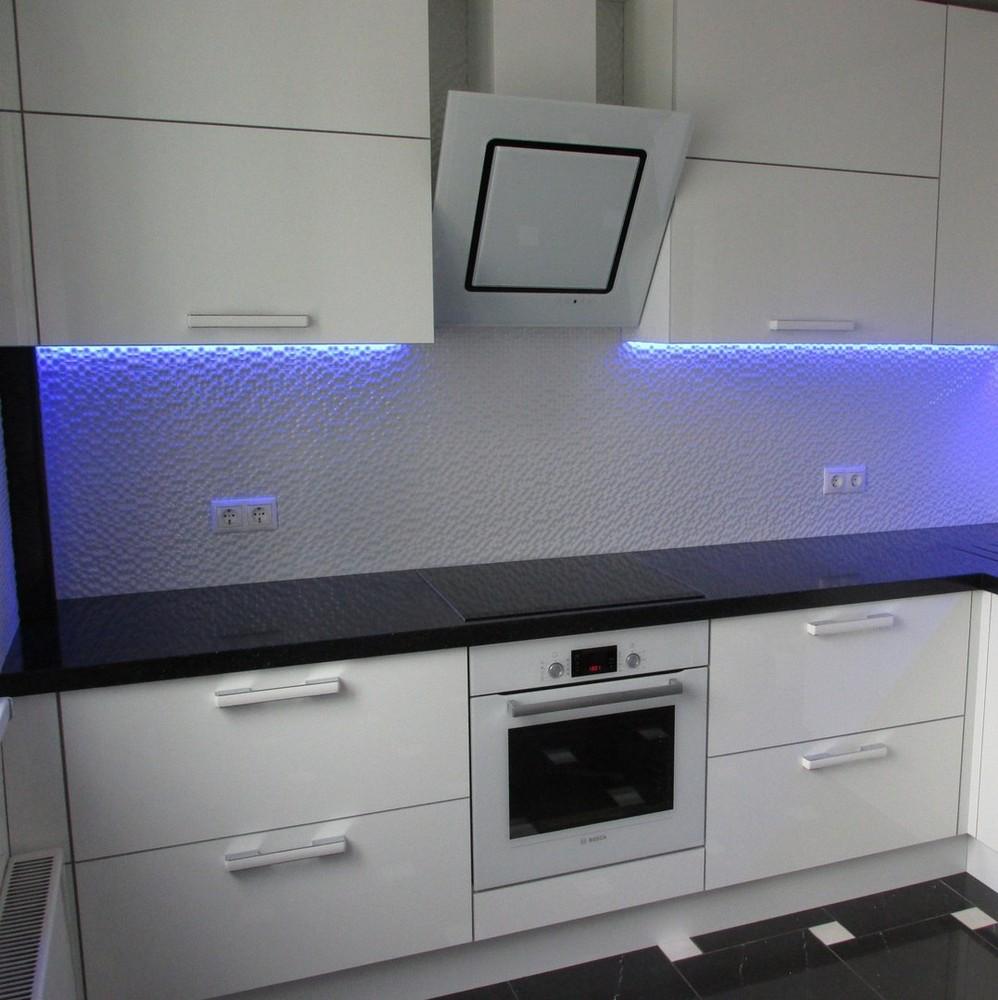 Белый кухонный гарнитур-Кухня из пластика «Модель 143»-фото1