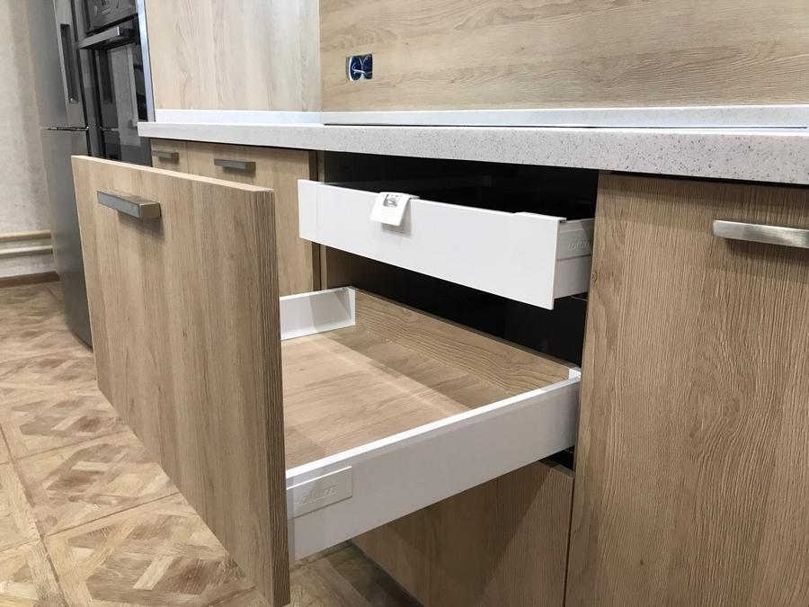 Белый кухонный гарнитур-Кухня МДФ в ПВХ «Модель 67»-фото6