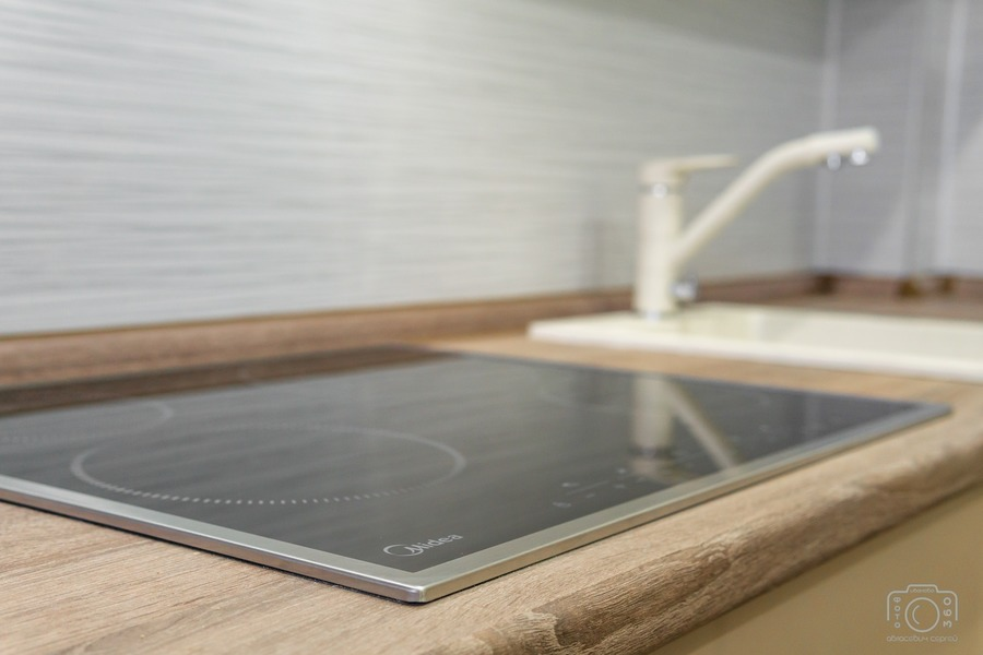 Белый кухонный гарнитур-Кухня из пластика «Модель 1»-фото4