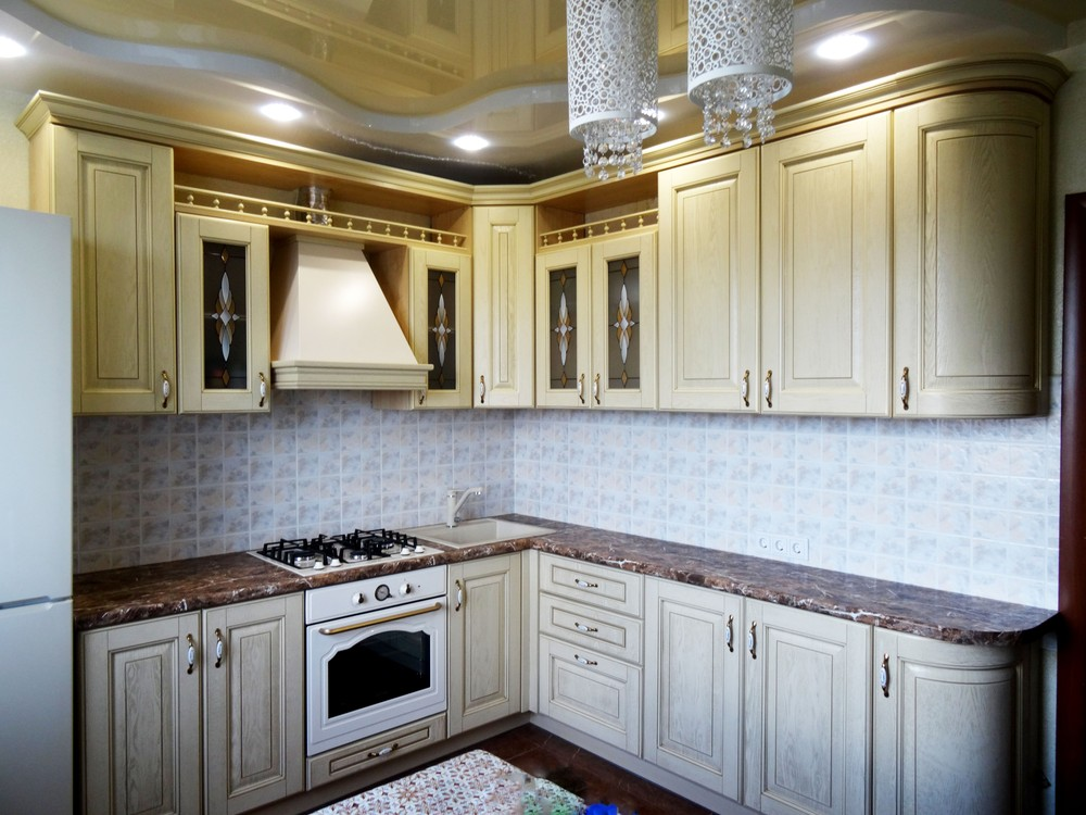 Белый кухонный гарнитур-Кухня из массива «Модель 21»-фото2