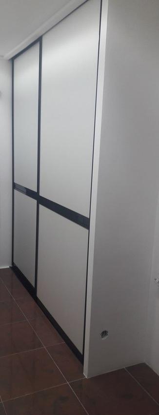 Белые шкафы-купе-Шкаф-купе из ЛДСП «Модель 339»-фото1
