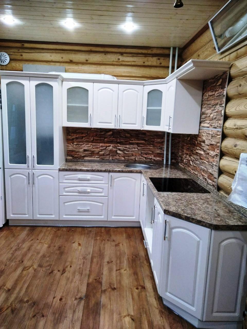 Белый кухонный гарнитур-Кухня МДФ в эмали «Модель 546»-фото1