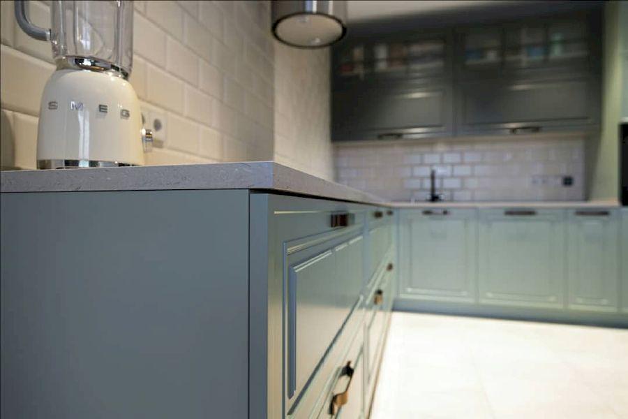 Классические кухни-Кухня МДФ в эмали «Модель 683»-фото2