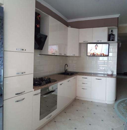 Белый кухонный гарнитур-Кухня из пластика «Модель 377»-фото4